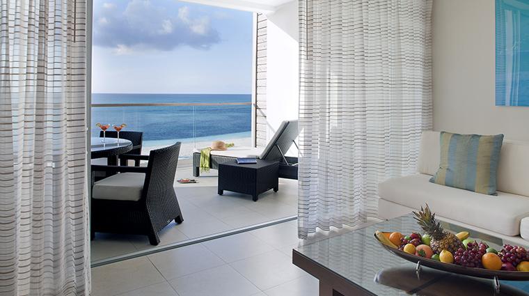 Property GansevoortTurks&Caicos Hotel GuestroomSuites OneBedroomOceanfrontSuiteTerrace GansevoortHotelGroup