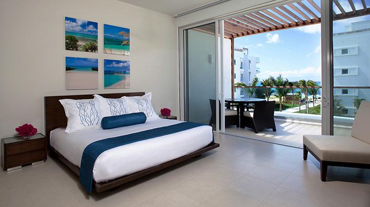Property GansevoortTurks&Caicos Hotel GuestroomSuites PoolViewStudio2 GansevoortHotelGroup