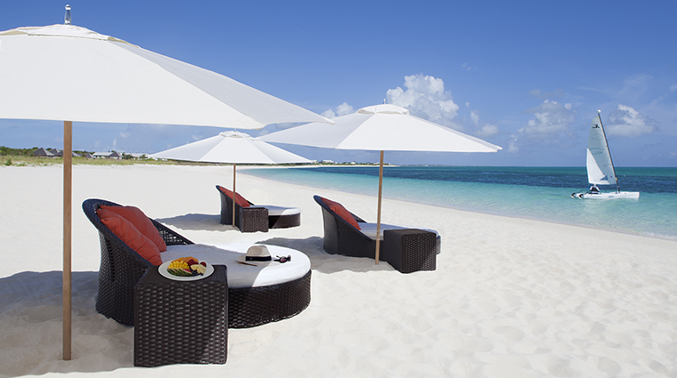 Property GansevoortTurks&Caicos Hotel PublicSpaces BeachBeds GansevoortHotelGroup