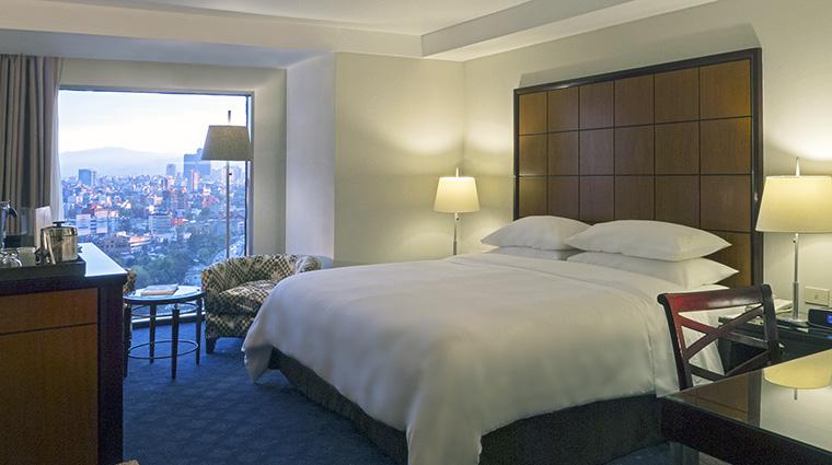 Property GrandFiestaAmericanaChapultepec Hotel GuestroomSuite DeluxeKingRoom GrupoPosadas