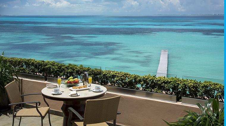 Property GrandFiestaAmericanaCoralBeach Hotel Dining BalconyBreakfast GrandFiestaAmericanaHotels&Resorts