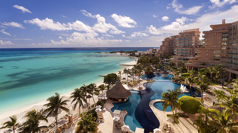 Property GrandFiestaAmericanaCoralBeach Hotel Exterior PoolViewDaytime GrandFiestaAmericanaHotels&Resorts