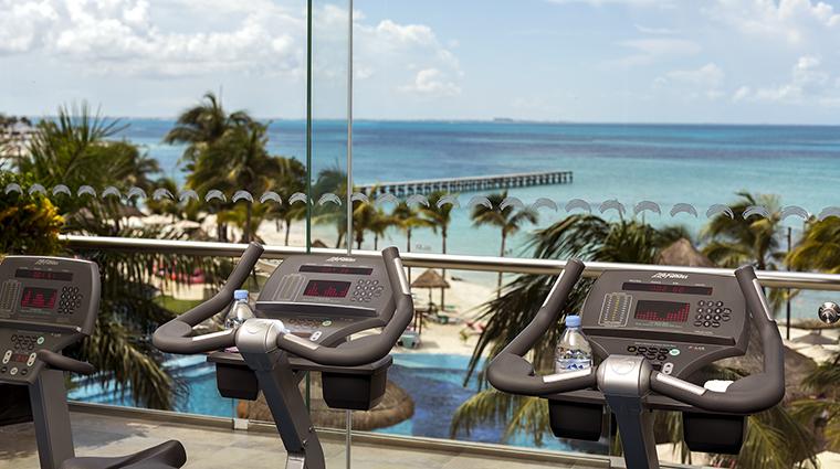 Property GrandFiestaAmericanaCoralBeach Hotel PublicSpaces FitnessCenter GrandFiestaAmericanaHotels&Resorts