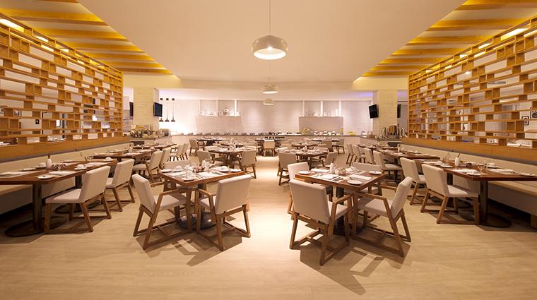 Property GrandFiestaAmericanaPuertoVallarta Hotel Dining DBrick GrandFiestaAmericanaHotels&Resorts