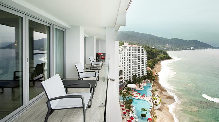 Property GrandFiestaAmericanaPuertoVallarta Hotel GuestroomSuite PresidentialSuiteTerrace GrandFiestaAmericanaHotels&Resorts
