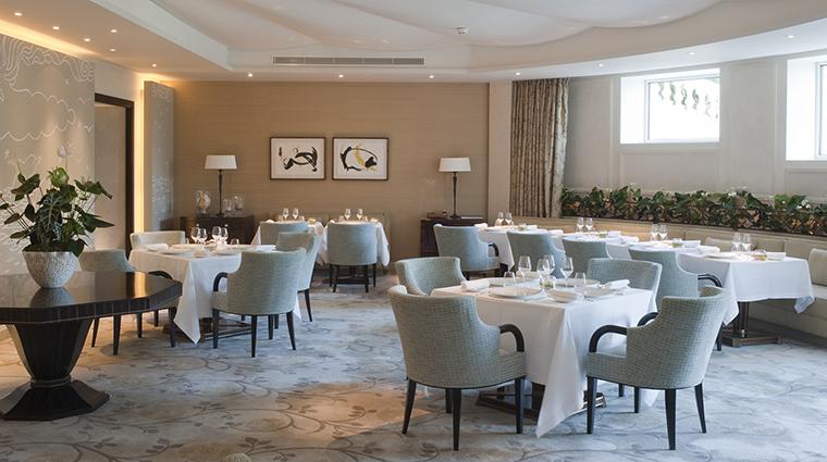 Property GrandHotelCapduFerrat Hotel Dining LeCapDiningRoom FourSeasonsHotelsLimited