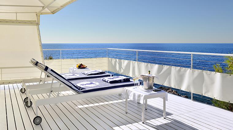Property GrandHotelCapduFerrat Hotel PublicSpaces Cabana FourSeasonsHotelsLimited
