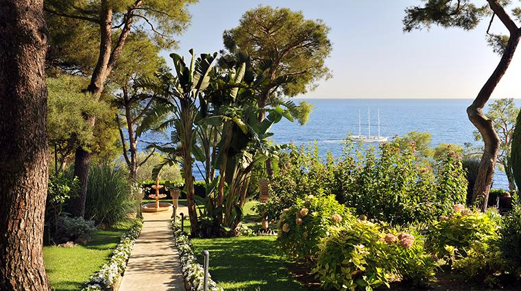 Property GrandHotelCapduFerrat Hotel PublicSpaces Garden FourSeasonsHotelsLimited