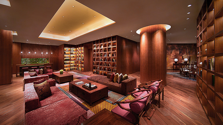 Property GrandHyattGuangzhou Hotel GuestroomSuite Suite HyattCorporation