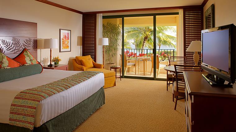 Property GrandHyattKauaiResortAndSpa 4 Hotel GuestroomSuite GardenViewRoom Bedroom CreditHyattCorporation
