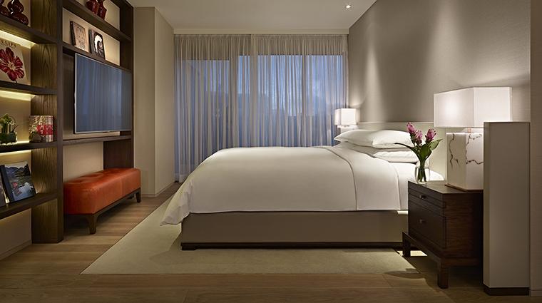 Property GrandHyattTaipei Hotel GuestroomSuite DiplomatSuiteBedroom HyattCorporation