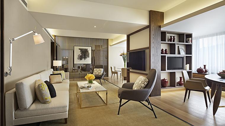 Property GrandHyattTaipei Hotel GuestroomSuite PremierSuiteLivingRoom HyattCorporation