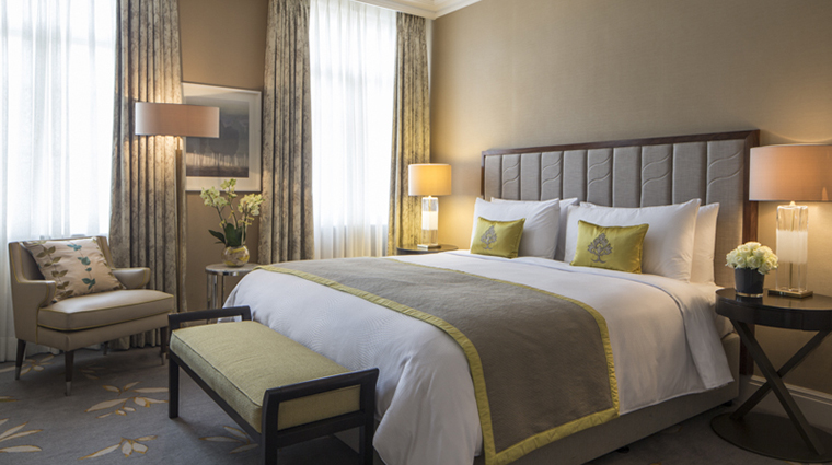Property GrosvenorHouse Hotel GuestroomSuite ExecutiveSuiteBedroom MarriottInternationalInc