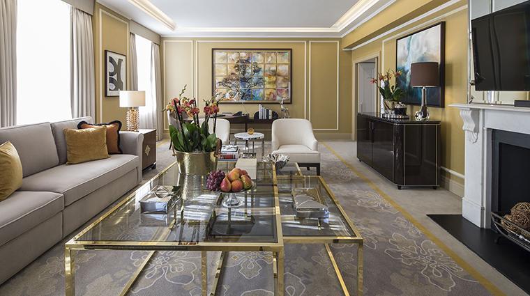 Property GrosvenorHouse Hotel GuestroomSuite RoyalMayfairSuiteLivingArea MarriottInternationalInc