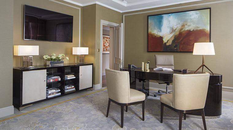 Property GrosvenorHouse Hotel GuestroomSuite RoyalMayfairSuiteOffice MarriottInternationalInc