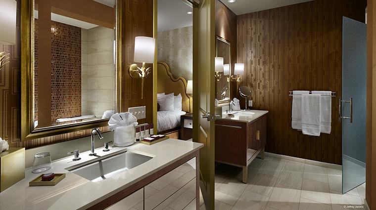 Property GuesthouseatGraceland Hotel GuestroomSuite PalmSpringsSuiteBathroom JefferyJacobs