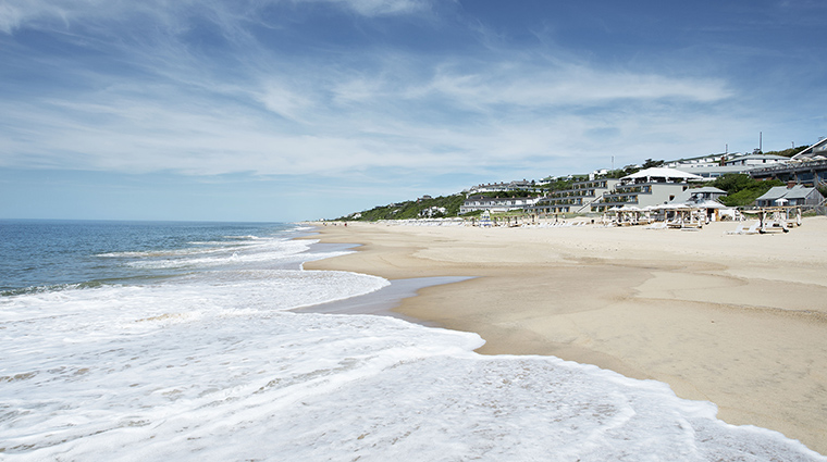 Property GurneysMontaukResort Hotel PublicSpaces BeachView GurneysMontaukResort&SeawaterSpa