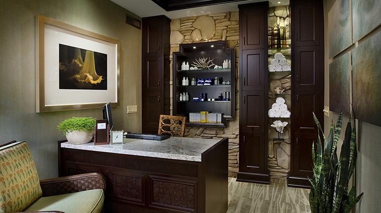 Property HarborViewInn 10 Hotel Spa SpaBeaumontia SpaReception CreditHarborViewInn