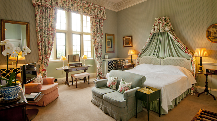 Property HartwellHouse&Spa Hotel GuestroomSuite RoyalDoubleTwinRoom HartwellHouse&Spa