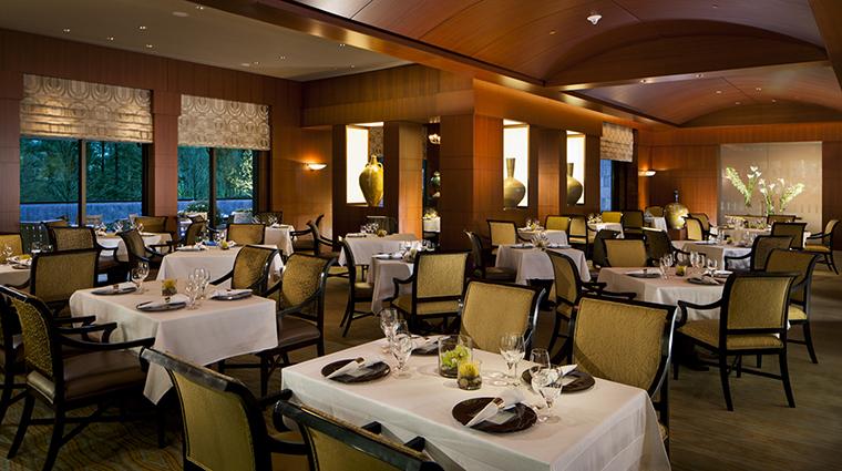 Property Herons Restaurant Dining InteriorDiningRoom TheUmsteadHotelandSpa