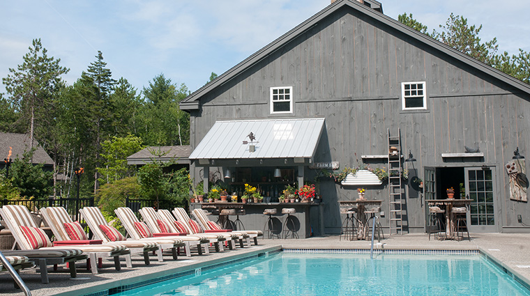 Property HiddenPond Hotel BarLounge FarmBar&Pool HiddenPond