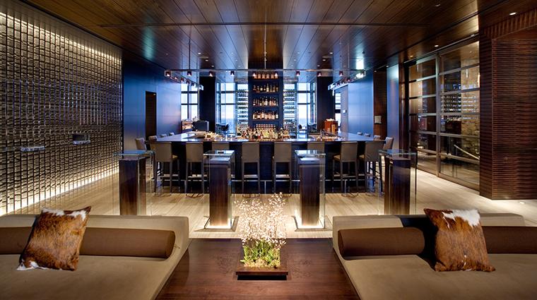 Property Hotel MandarinOrientalTokyo MandarinBar CreditMandarinOrientalHotelGroup
