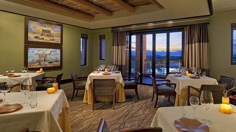 Property Hotel SheratonWildHorsePass KaiDiningRoom CreditStarwoodHotels&ResortsWorldwideInc
