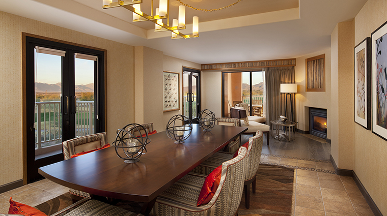 Property Hotel SheratonWildHorsePass PresidentialSuiteDiningRoom CreditStarwoodHotels&ResortsWorldwideInc