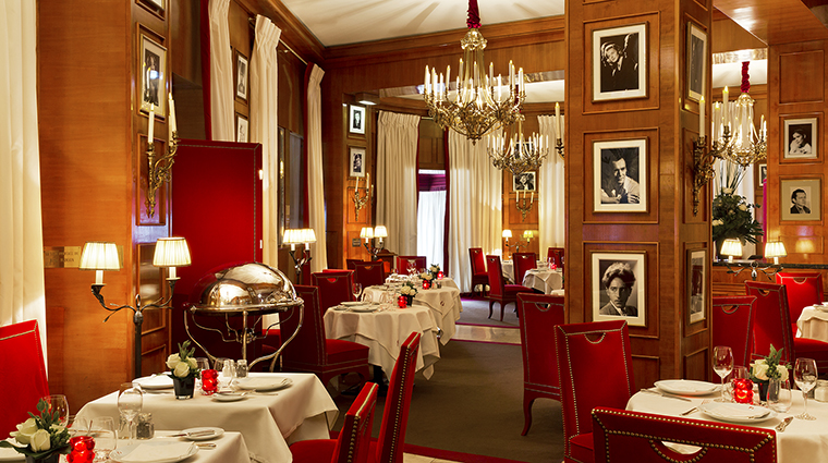 Property HotelBarriareLeFouquets Hotel Dining Fouquets LucienBarriere