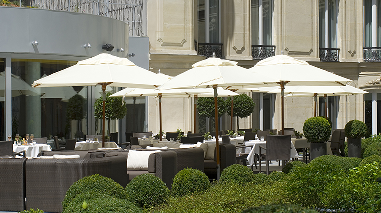 Property HotelBarriareLeFouquets Hotel Dining GalerieJoyTerrace LucienBarriere