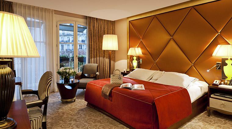Property HotelBarriareLeFouquets Hotel GuestroomSuite DeluxeRoom LucienBarriere