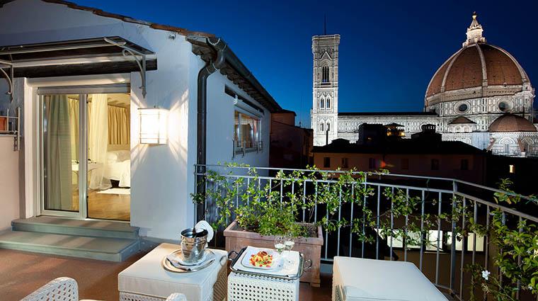 Property HotelBrunelleschi Hotel GuestroomSuite PoolSuiteTerrace HotelBrunelleschiFirenze