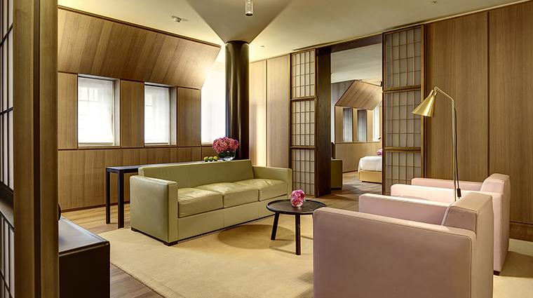 Property HotelCafeRoyal Hotel GuestroomSuite OscarSuiteLivingRoom HotelCafeRoyal