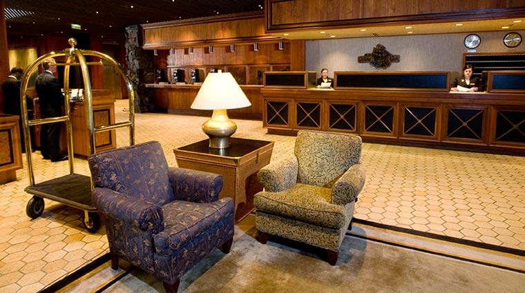 Property HotelCaptainCook Hotel PublicSpaces Lobby CreditHotelCaptainCook