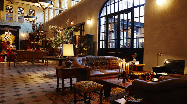 Property HotelEmma Hotel PublicSpaces Lobby HotelEmma