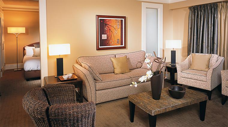 Property HotelLeBonneEntente 10 Hotel GuestroomSuite BonneEntenteSuite LivingRoom CreditHotelLeBonneEntente