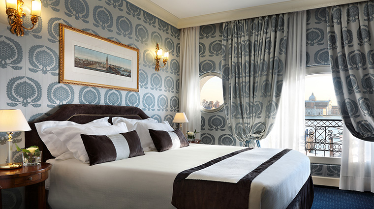 Property HotelLondraPalaceVenice Hotel GuestroomSuite DeluxeRoom2 HotelLondraPalaceVenice