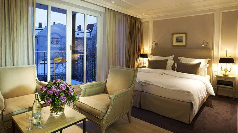 Property HotelMunchenPalace Hotel GuestroomSuite DeluxeRoom HotelMunchenPalace