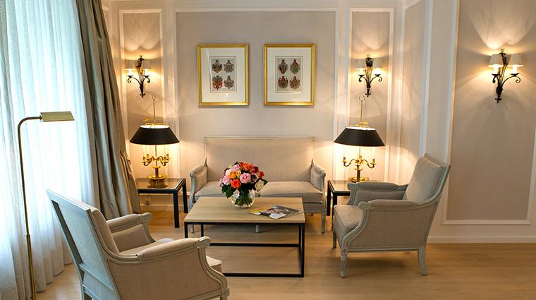 Property HotelMunchenPalace Hotel GuestroomSuite JuniorSuiteLivingRoom HotelMunchenPalace