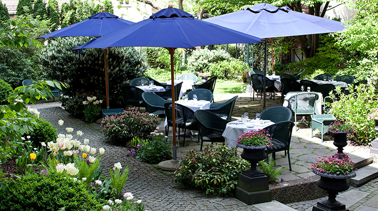 Property HotelMunchenPalace Hotel PublicSpaces Garden HotelMunchenPalace