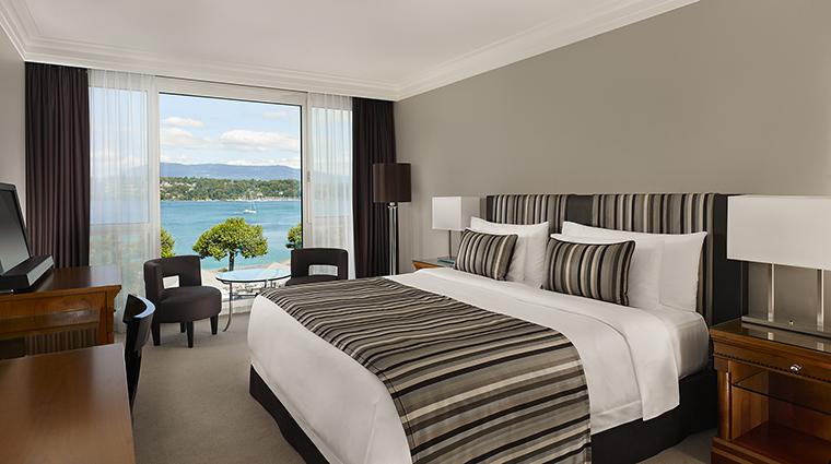 Property HotelPresidentWilsonALuxuryCollectionHotel Hotel GuestroomSuite PrestigeRoomLakeView StarwoodHotels&ResortsWorldwideInc