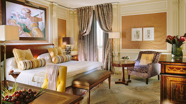 Property HotelPrincipediSavoia Hotel GuestroomSuite NewDeluxeRoom DorchesterCollection