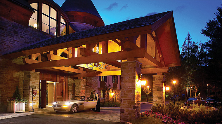 Property HotelQuintessence Hotel 2 Exterior PorteCochere CreditQuintessenceResortHotel