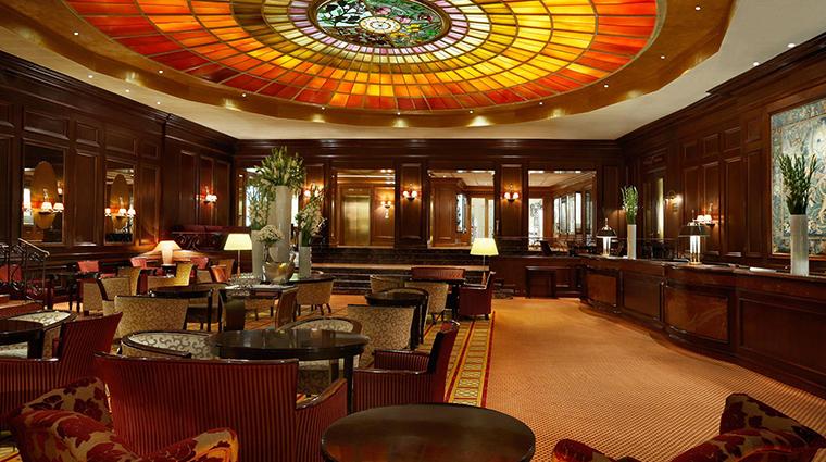 Property HotelVierJarheszeitenKempinskiMunchen Hotel PublicSpaces Lobby KempinskiHotels