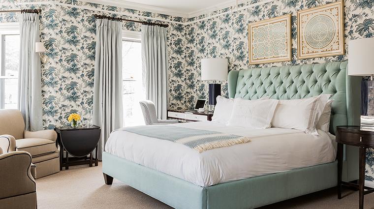Property InnatHastingsPark Hotel GuestroomSuite SuperiorRoomMainHouse2 TheInnatHastingsPark