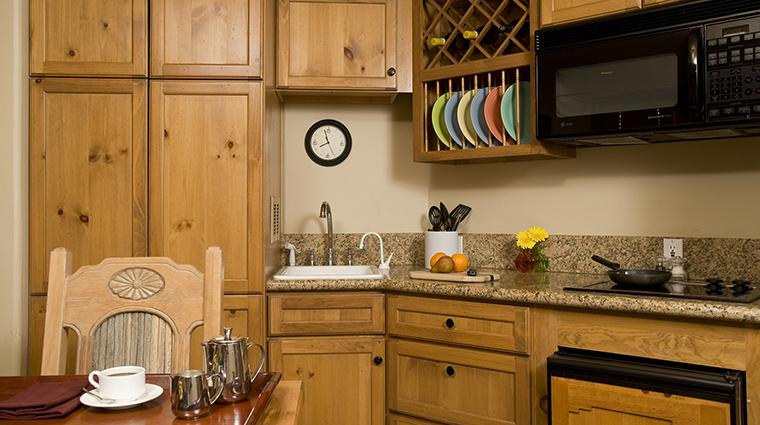 Property InnatLostCreek Hotel GuestroomSuite OneBedroomSuite InnatLostCreekTelluride