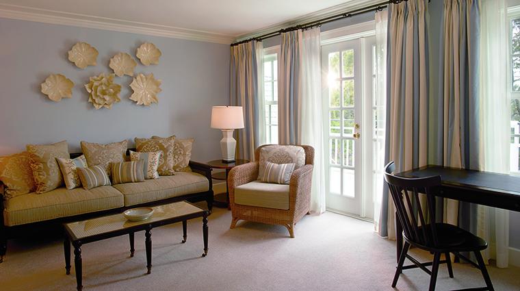 Property InnatPerryCabin Hotel GuestroomSuite SuiteLivingRoom BelmondManagementLimited