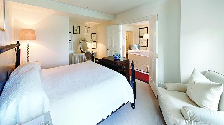Property InnatPerryCabin Hotel GuestroomSuite WaterviewMastersSuiteBedroom BelmondManagementLimited