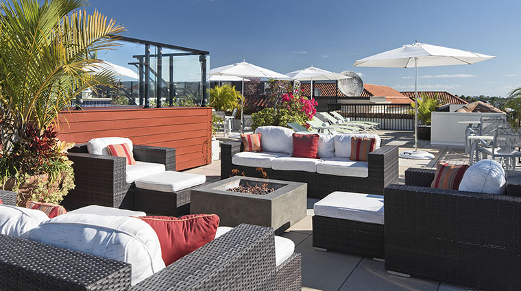Property InnonFifthandClubLevelSuites Hotel PublicSpaces ClubLevelRooftopDeck2 InnonFifth