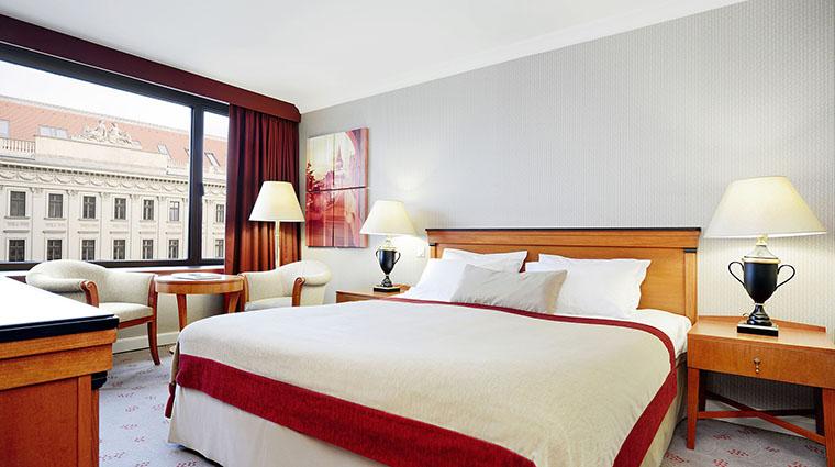 Property InterContinentalBudapest Hotel GuestroomSuite ClassicDoubleRoom InterContinentalHoteslGroup